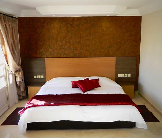 الاسيو الفنادق و العلاج بمياه البحر