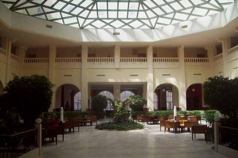 Atrium photo 2