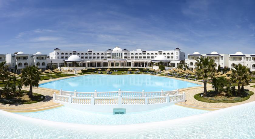 Golden Tulip Taj Sultan Resort photo 0