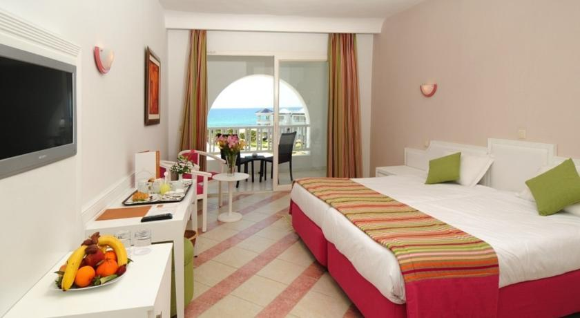 Golden Tulip Taj Sultan Resort photo 2