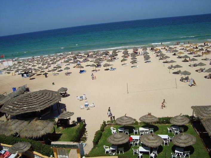Royal Beach photo 6