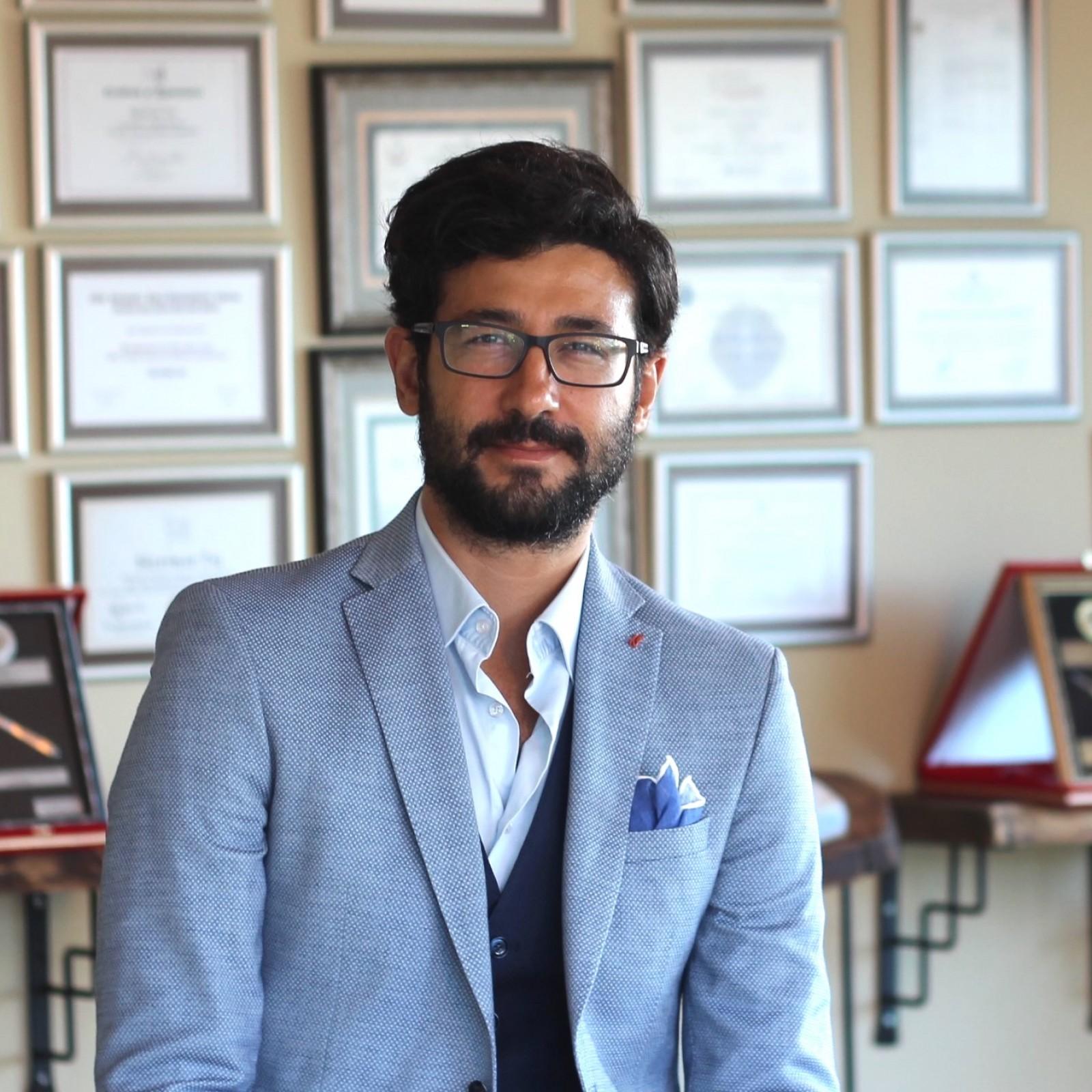 Dr Suleyman TAS