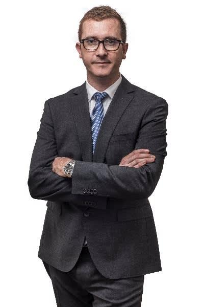 Dr Julien Serri