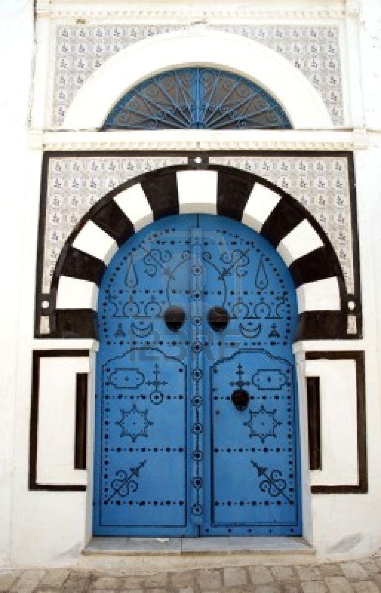 6104980-d-coratif-porte--sidi-bou-said-tunisie